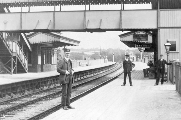 Lavington Station before 1914-18 war. The Stationmaster was Mr Leonard who lived in Littleton Panell